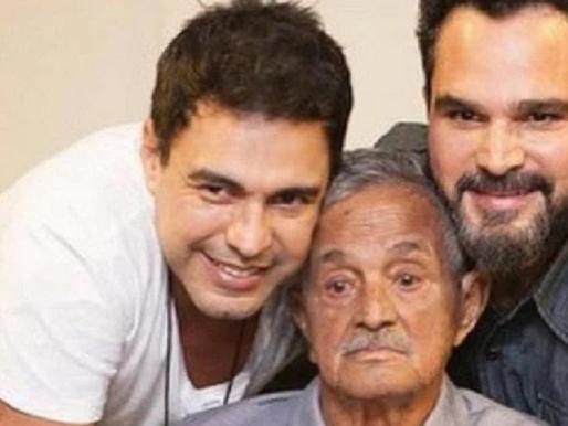 Seu Francisco, pai de Zezé di Camargo e Luciano, descansa ao lado dos seus conterrâneos