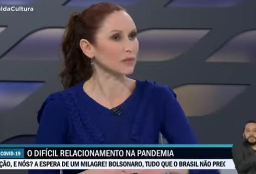 """Comentarista da TV Cultura fica irritada com reportagem da emissora sobre a Covid-19: """"Inoportuna"""""""