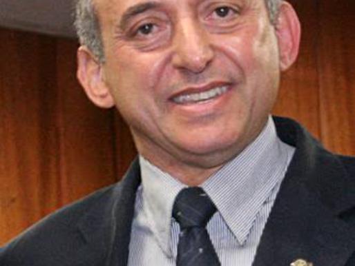 Anselmo Pereira se reelege e afirma não saber se Maguito assume dia 1º