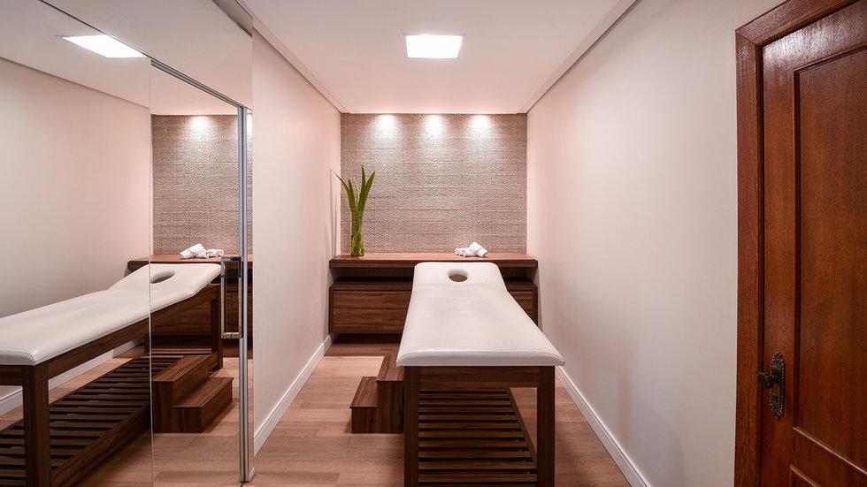 Hotel Piratuba massagem.jpg