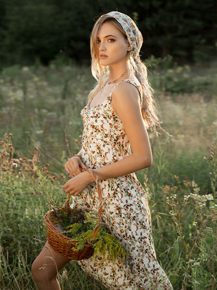 Shooting for NAGAYA women's wear with beautiful Eugenia