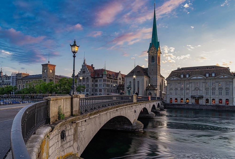 Zurich, city in the Swiss German part of Switzerland, swissness lifestyle.