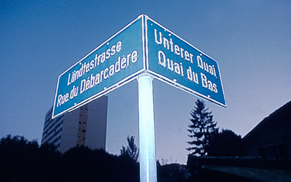 Street signs in French and German in the bilingual town Biel/Bienne. © FDFA. Switzerland, swissness lifestyle. Travel