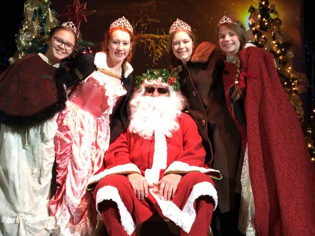 Royal Santa selfie: Dickens Xmas 2019