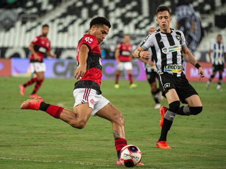 Garotos do Flamengo garantem a vitória contra o Botafogo por 2 a 0