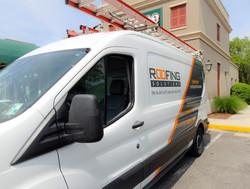 commercial-roof-repair-van