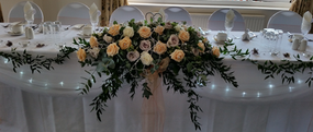 Top Table Flowers 02