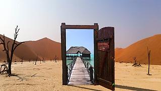 woestijn deur.png