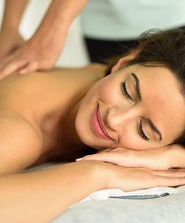 Swedish-massage-may-reduce-cancer-relate