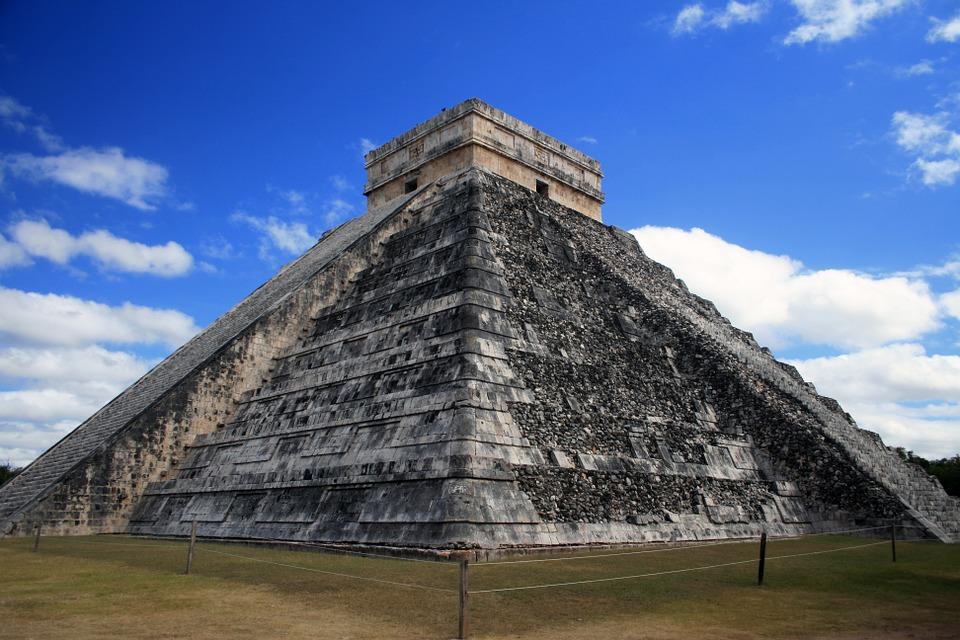 pyramid-931742_960_720