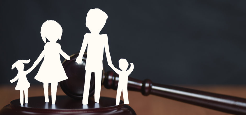 Children section by court. Divorce famil