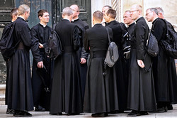 Gaggle of Priests, Rome