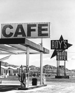 Roy's, Amboy, CA