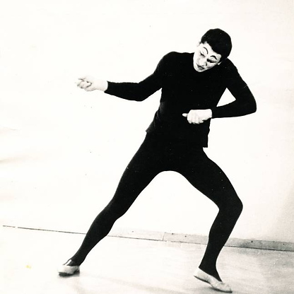 Актер пантомимы Валерий Мартынов