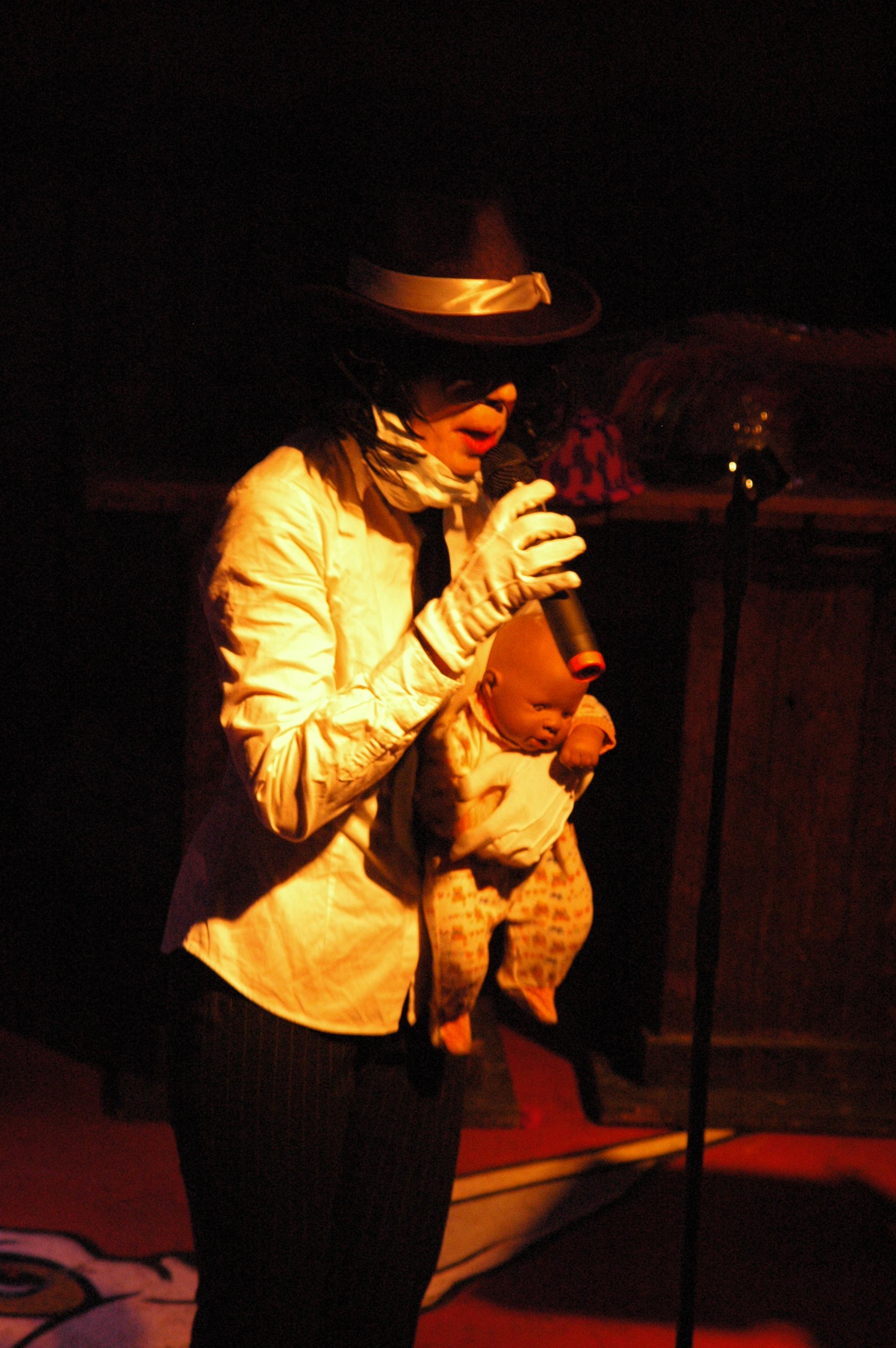 MUSIKOTERAPIA - Michael Jackson HD