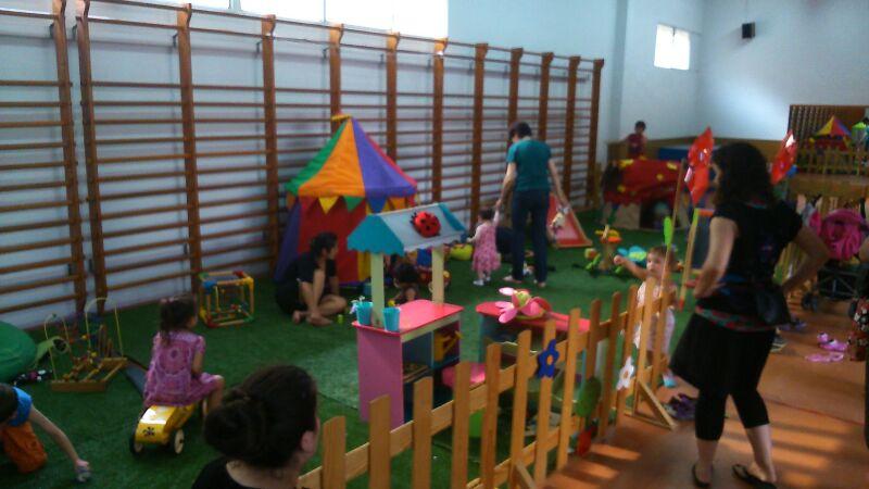 EL BURRO DELS JOCS - El Jardi dels petits 02
