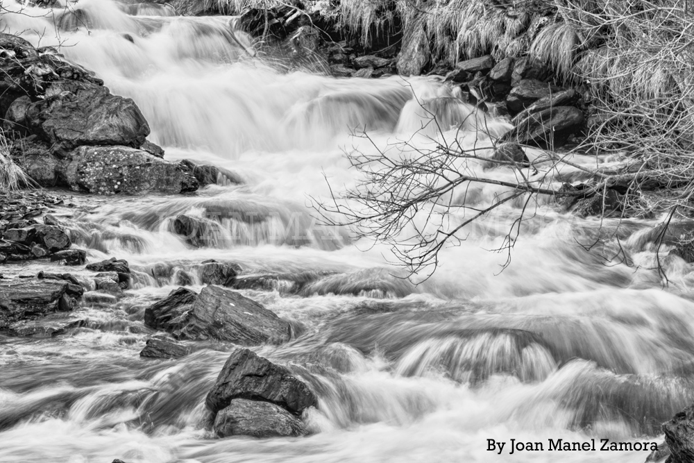 04160 Slow Rivers