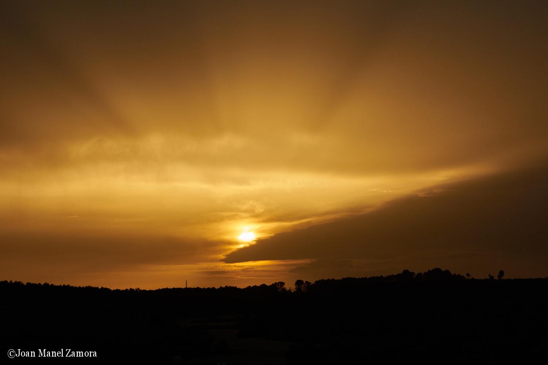 03788 Sun & Clouds