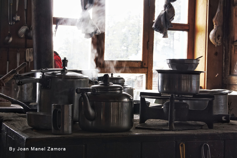 mountain kitchen nepal