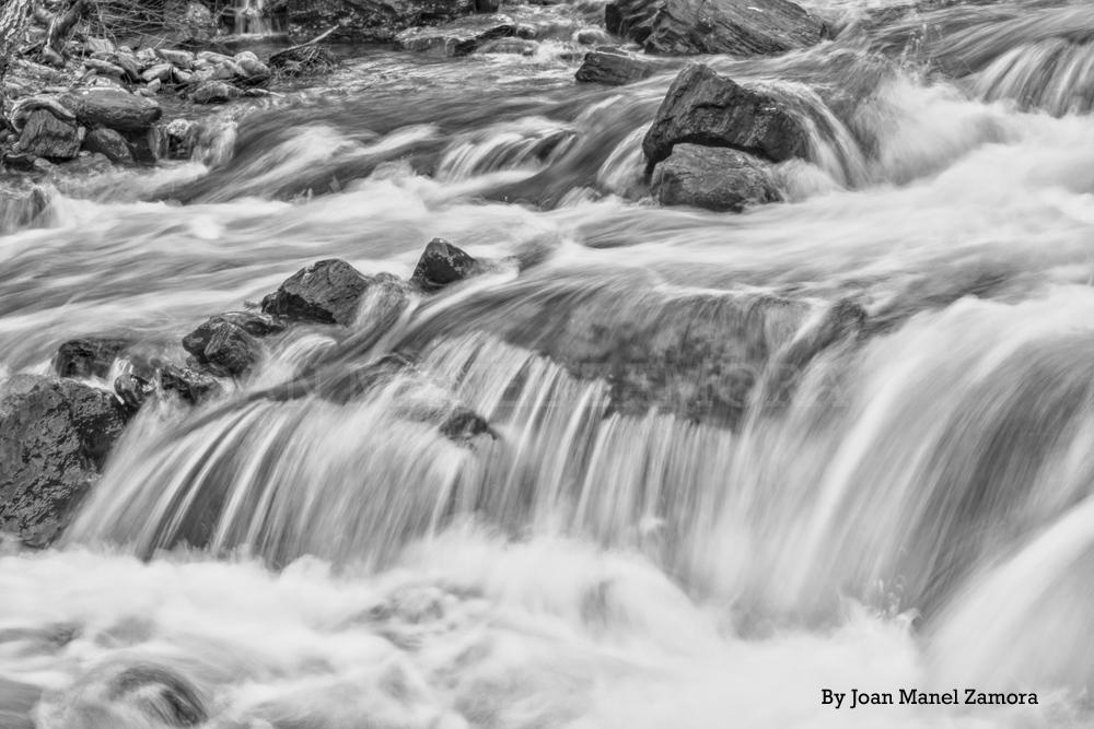 04159 Slow Rivers