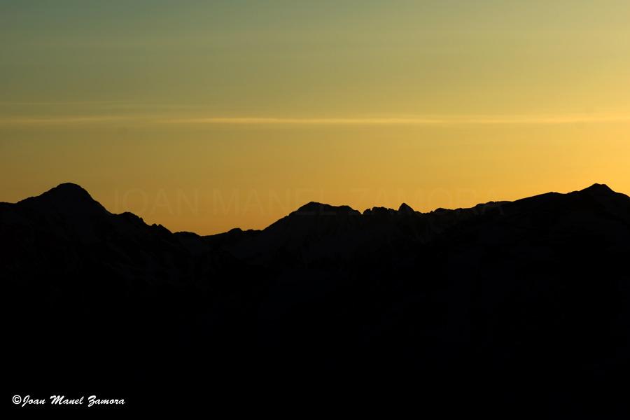 00618 SUN MOUNTAIN-FINE ART
