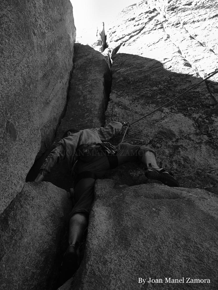 0070858  Climbing