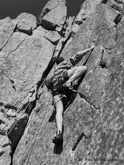 1080550 Climbing