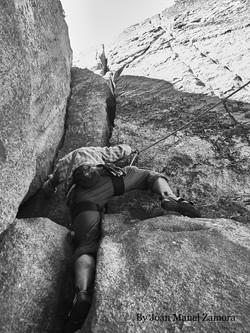1070859 Climbing