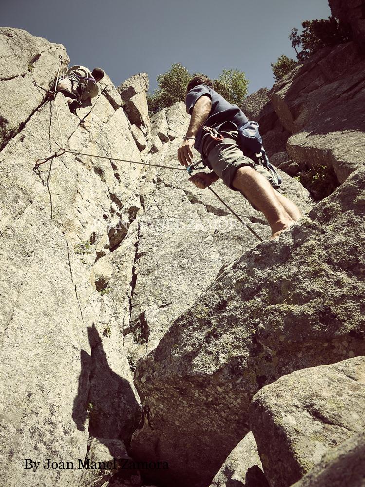 1080448 Climbing