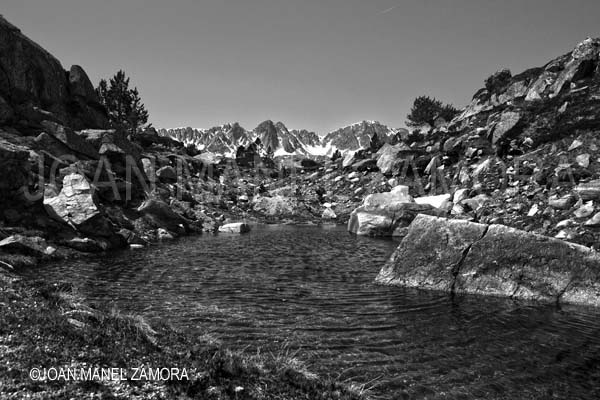 4657 WATER MOUNTAIN B&W-FINE ART