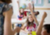 Alumnos de primaria de entro 8 y 12 años, haciendo un curso de inglés en Anglo Centres, academia de inglés en Tarragona, La Granja, Pallaresos y San Pedro y San Pablo.