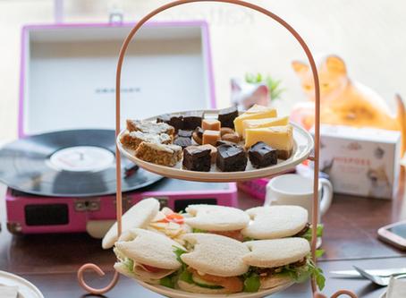 Foodblog: high tea bij Kattencafé Skatjes
