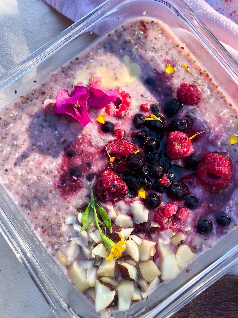 Healthy breakfast, petit déjeuner sain et rapide, facile. Bircher riche en fibres manger sain au quotidien recette