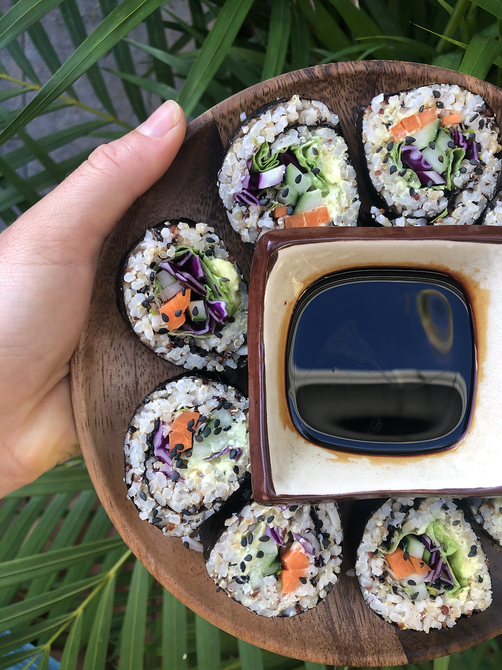 Vegan healthy sushis, riz brun quinoa - crudités, sain et gourmand, rapide facile, sauce mayonnaise plant-based