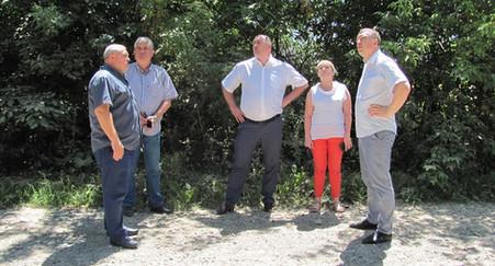 У Кам'янець-Подільському районі працювала мобільна група з вивчення стану доріг місцевого значення