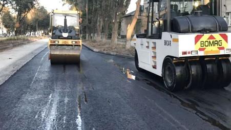 На автомобільній дорозі Н-03 Житомир-Чернівці, на вулиці Північна триває капітальний ремонт