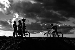 Bicicletas,_crianças_e_outras_alegrias