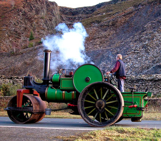 Traction Engine.jpg