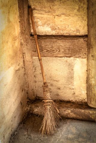 Community Broom