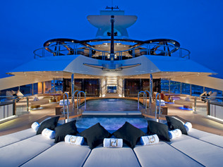 Plunge Pool 96 Meter Super Yacht