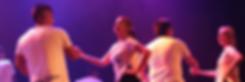 pareja-adultos-bailando-latino-couple-dancing