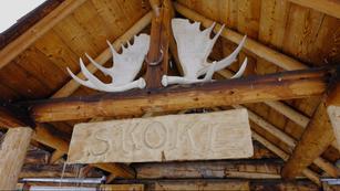 Skoki Lodge Main Cabin 2