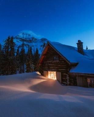 Skoki Lodge Main Cabin 4 Night