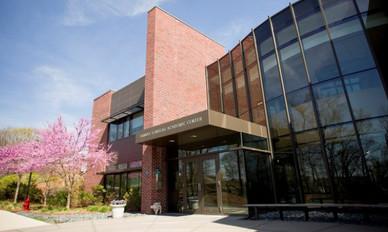 Brandeis International Business School (IBS)