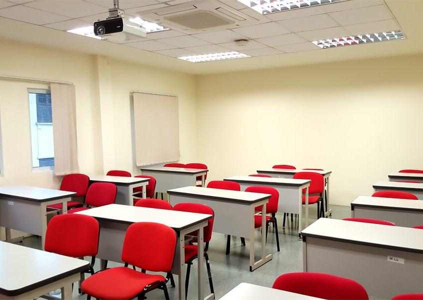 tmc-academy-classroom-2