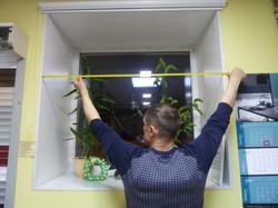Измеряем ширину проема