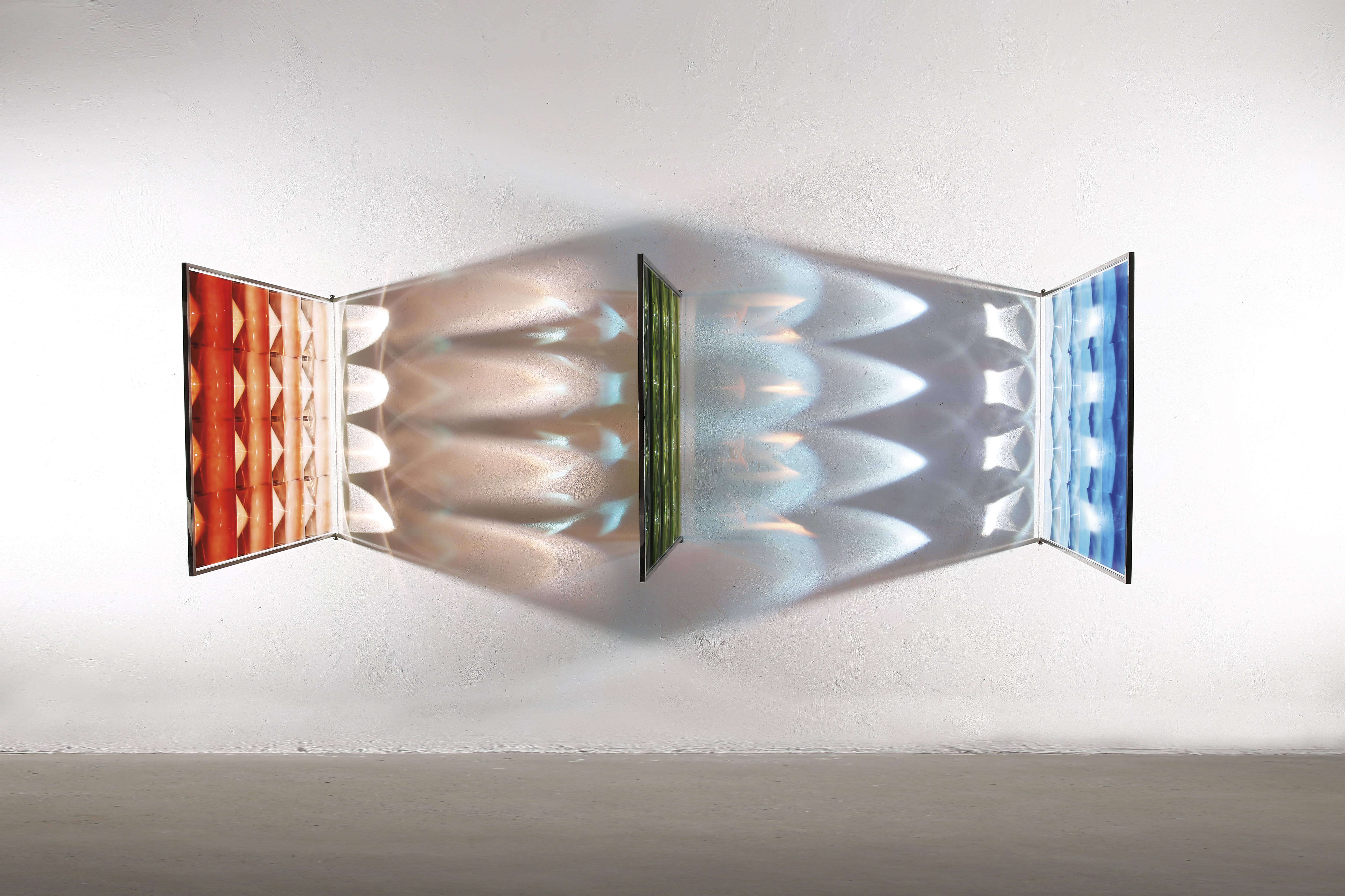《视网膜•35》-100cmX100cmX3-镜面不锈钢、菲涅尔透镜、自然干玻璃颜料-2017(效果1) 拷贝