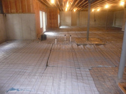 wire mesh and plastic for concrete slab
