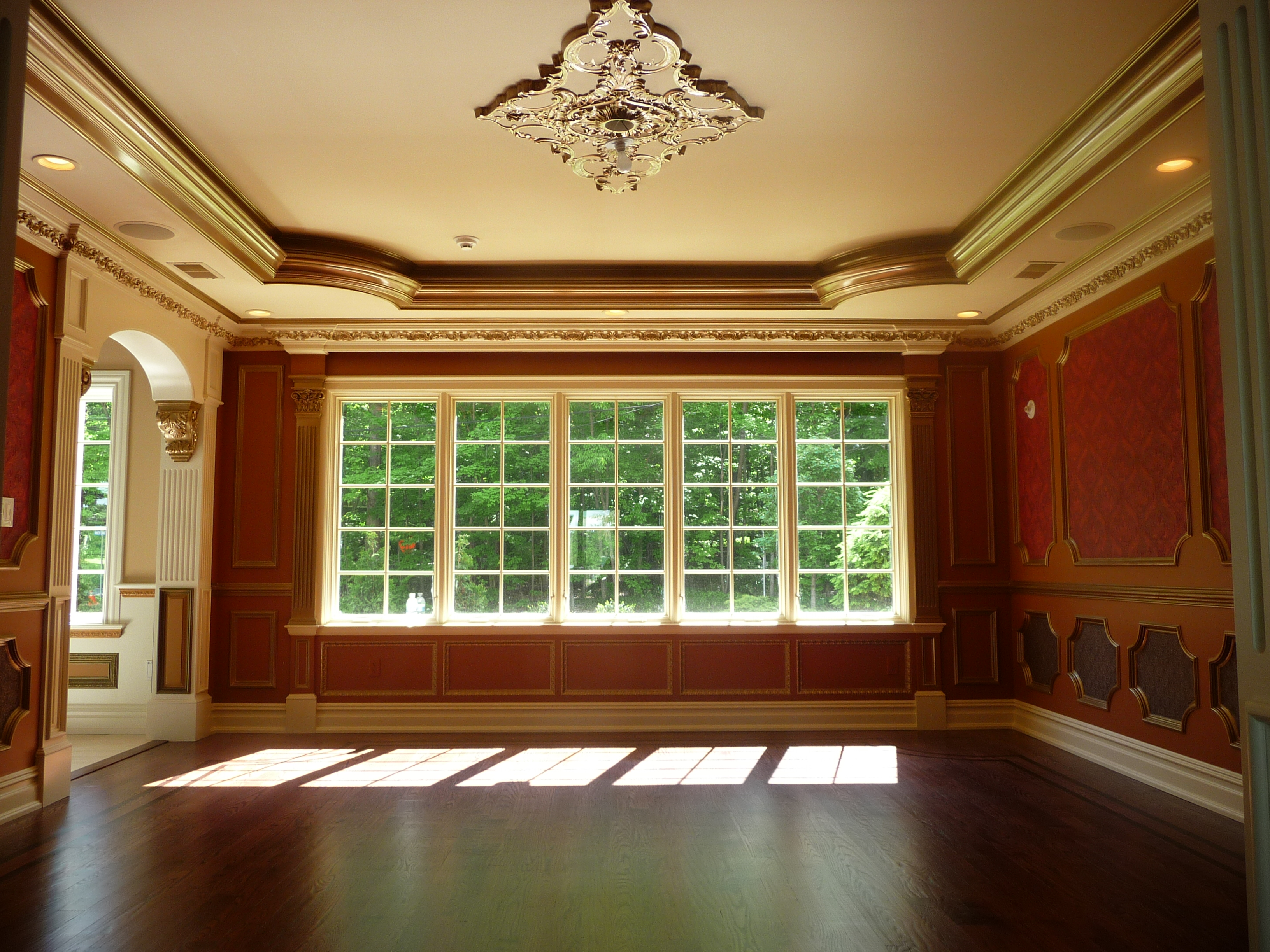 custom trim dining room