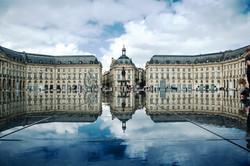 Place_de_la_Bourse,_Bordeaux,_France.jpg